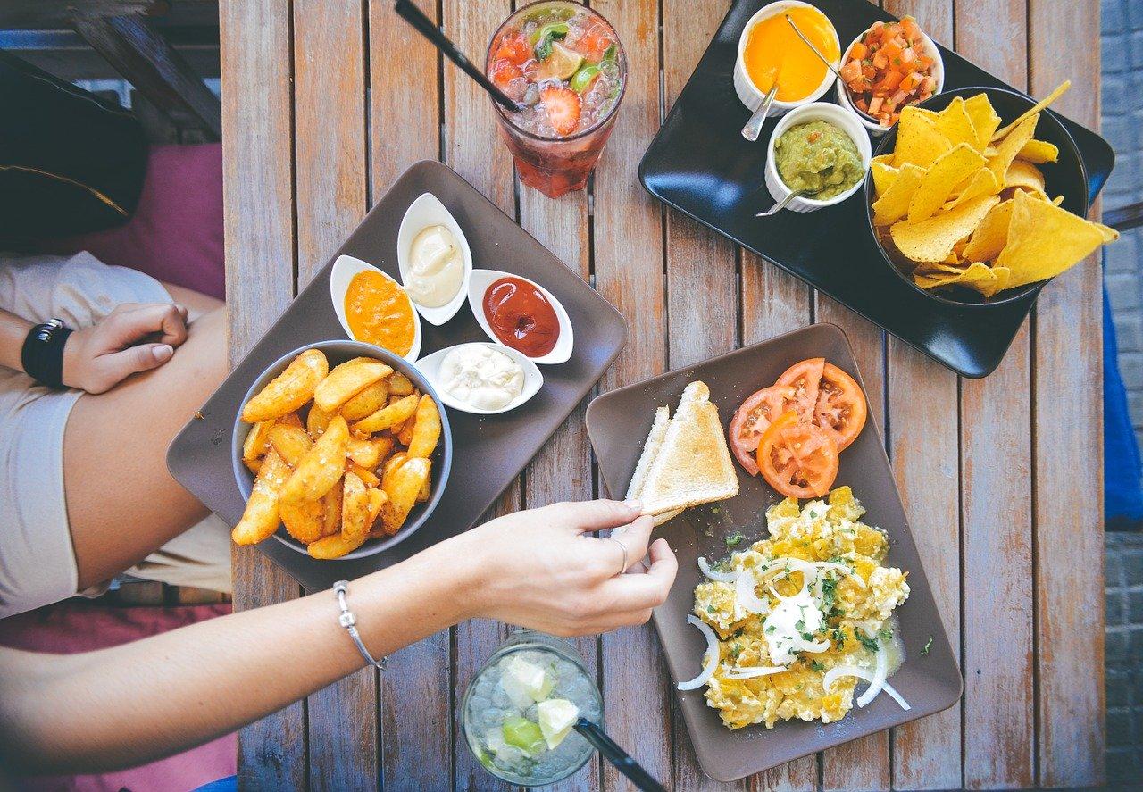 健康管理の重要性2:「夕食が遅いときの食事の工夫」~分食~